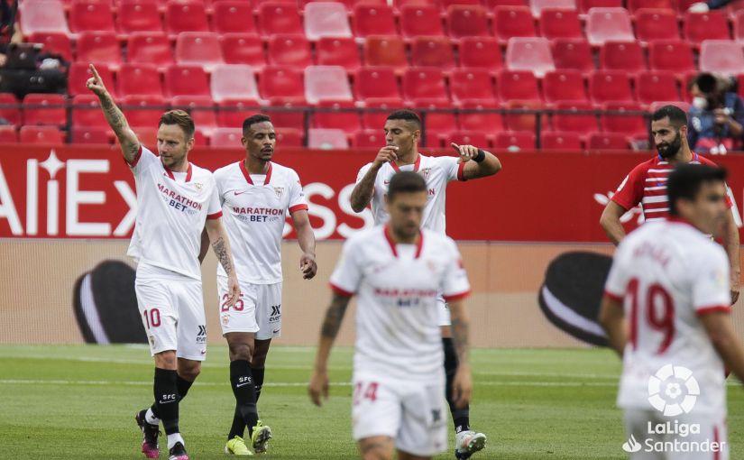 El Sevilla sigue agarrado al tren de laLiga